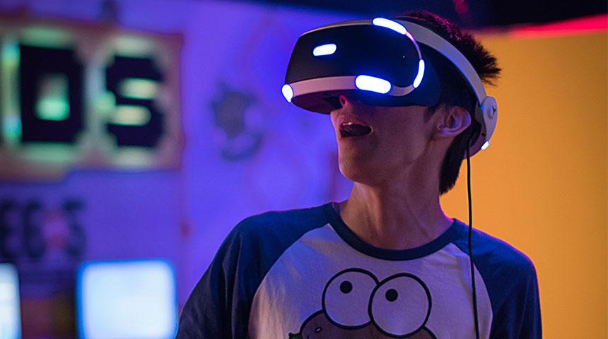 vr lights - Do you Remember Natalia Smart Goggles?